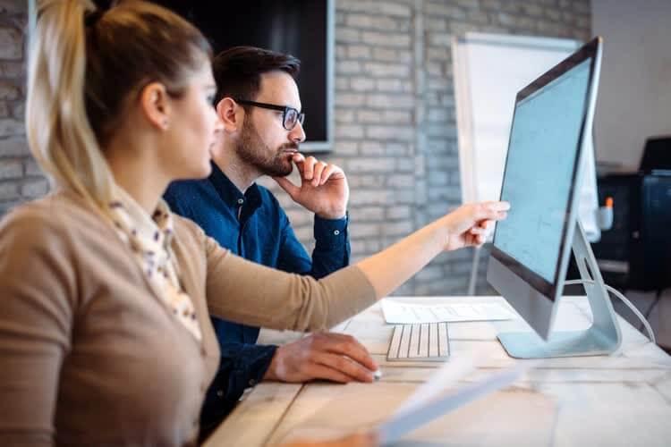 Контент-маркетологи обсуждают развитие проекта