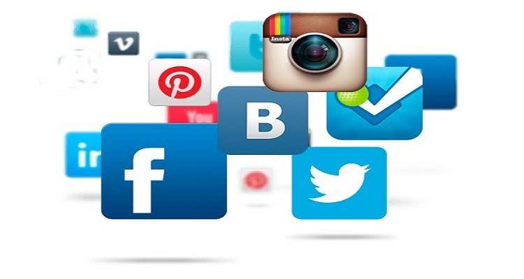 Эмблемы социальных сетей с фотоаппаратом