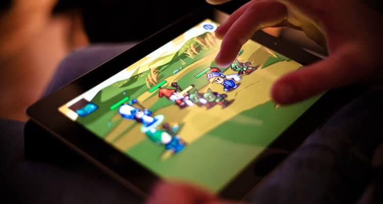 Игра на планшете и трансляция в TikTok